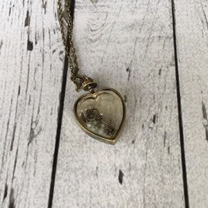 Jewelry - Key to my heart necklace